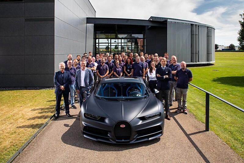 Bugatti Chiron 200