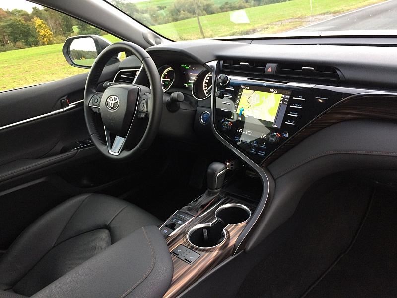 Toyota Camry Hybrid - test