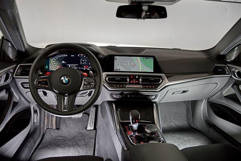 Generační fotografie BMW M3 a M4